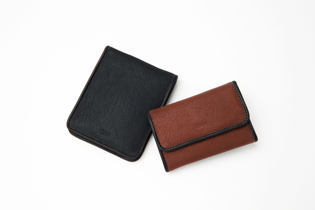 (Left) two folded wallet Black | (Right) key case Hot chocolate