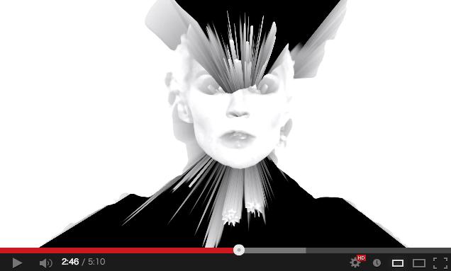 Daphne Guinness (ダフネ・ギネス) が歌手デビュー。ミュージックビデオは Nick Knight (ニック・ナイト) の監督により『SHOWstudio』にて公開