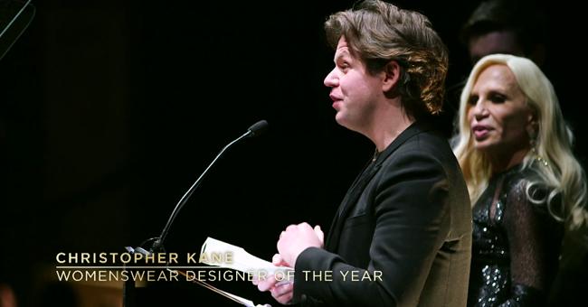 「ブリティッシュ・ファッション・アワード」の受賞者が発表!バーバリー、クリストファー・ケイン、J.W.アンダーソン、ニコラス・カークウッド、ケイト・モスらが受賞