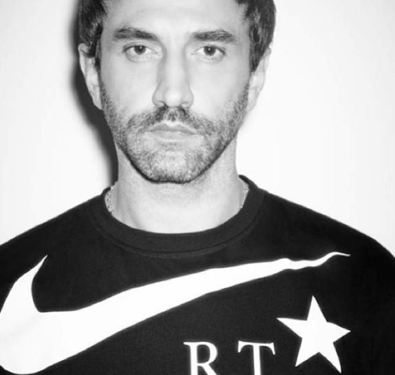 Riccardo Tisci (リカルド・ティッシ) とNike (ナイキ) がコラボ!「NIKE RT」が今年の春に発売