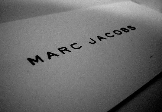 LVMH会長の Bernard Arnault (ベルナール・アルノー)、Marc Jacobs (マーク ジェイコブス) のIPOに期待大