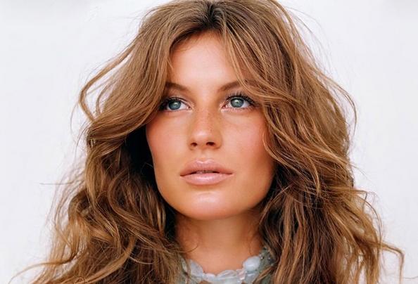 世界でもっとも影響力のあるモデルは Gisele Bündchen (ジゼル・ブンチェン)