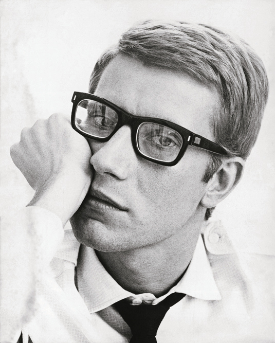 Portrait of Yves Saint Laurent, 1964: © Fondation Pierre Bergé – Yves Saint Laurent / Maurice Hogenboom