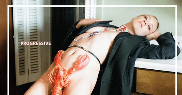 『Marfa Journal』の最新号で Chloë Sevigny (クロエ・セヴィニー) がロブスターの下着に挑戦