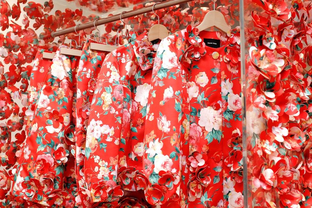 Dover Street Market Ginza の5階では、現在最新の2015年春夏コレクションが展開している。