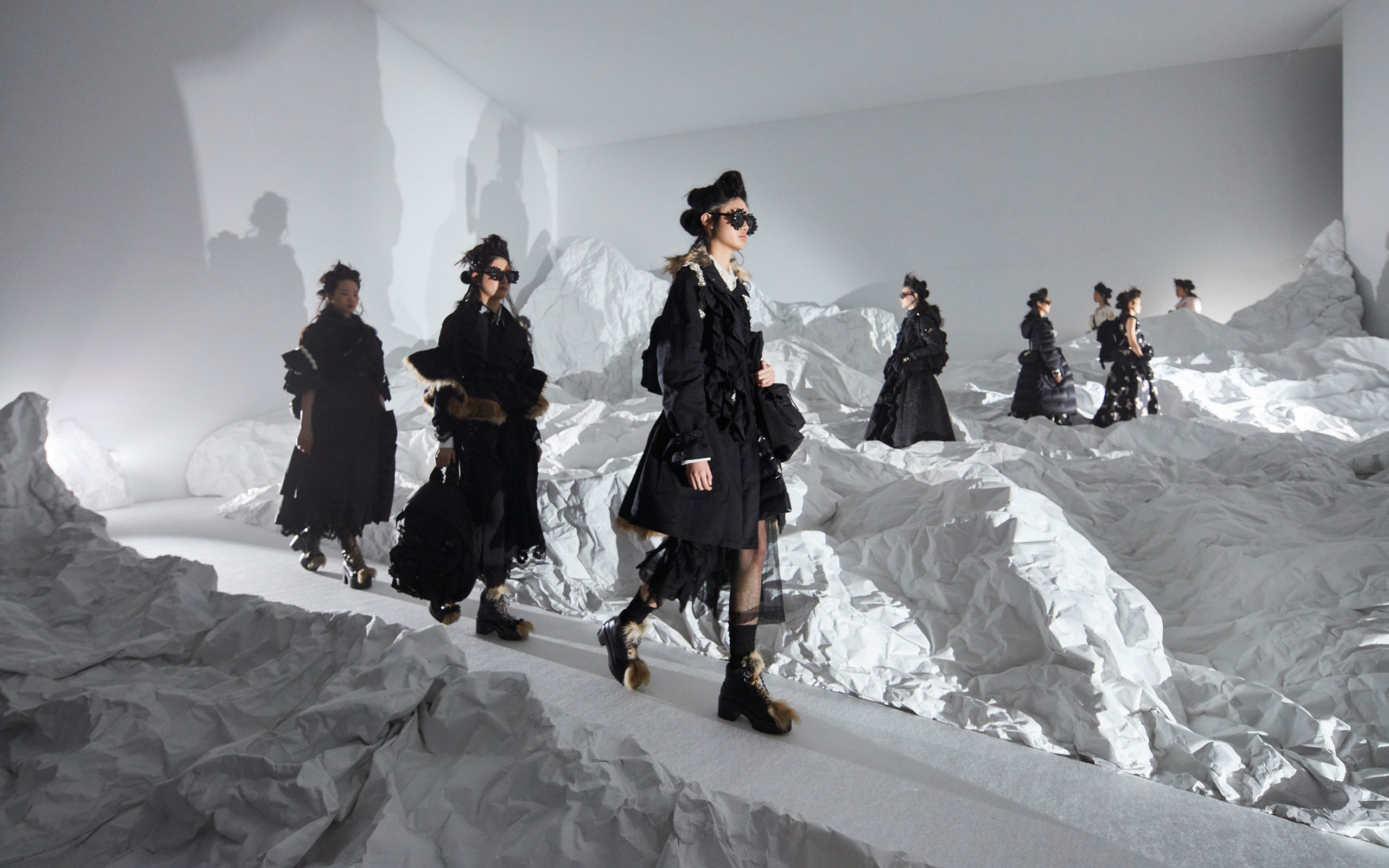 4 Moncler Simone Rocha Is Finally Launched
