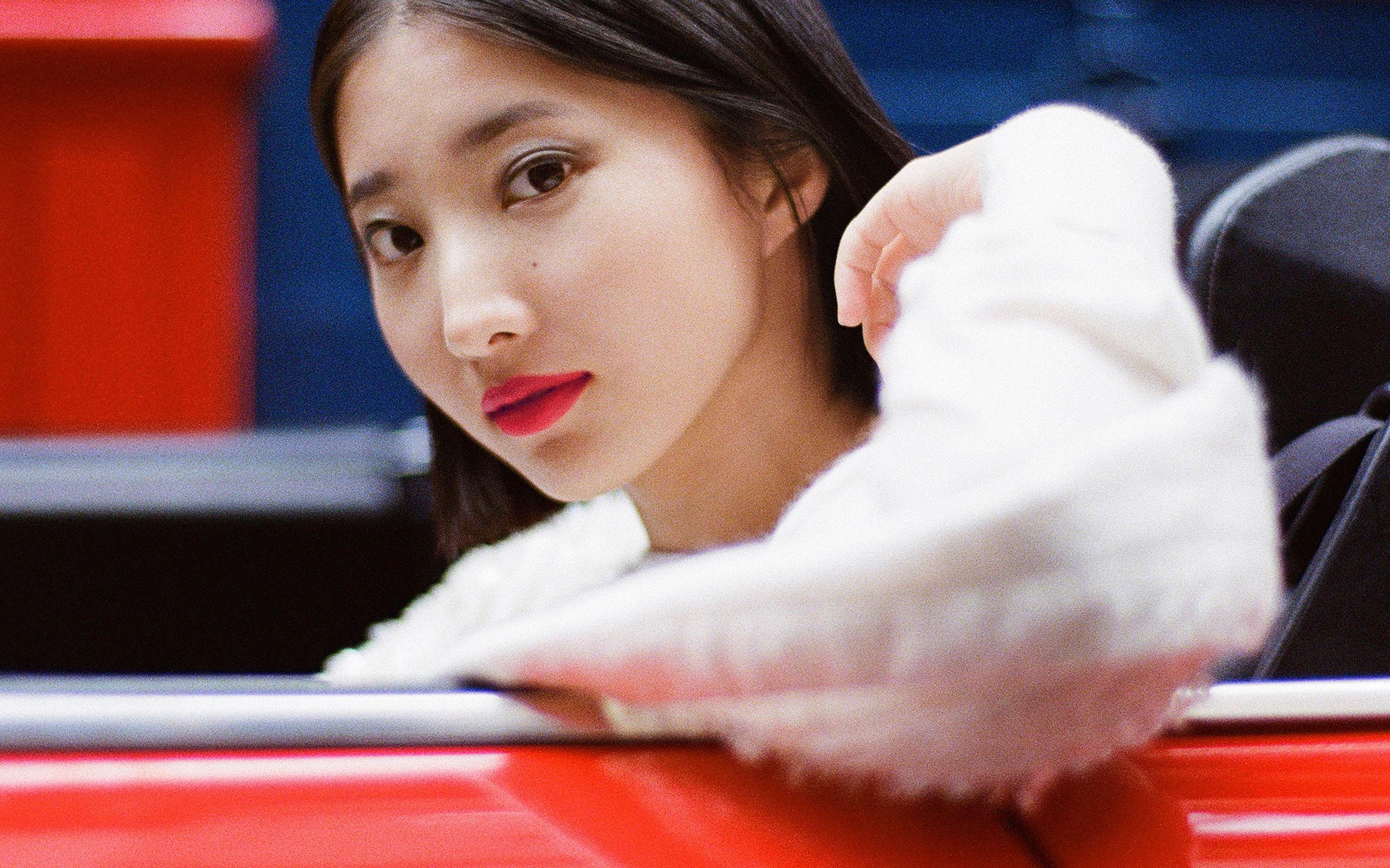 "Nozomi Iijima Fronts CHANEL's ""Rouge Allure"" Campaign"