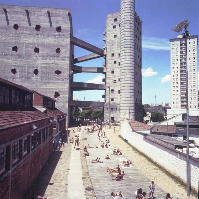 ブラジルが最も愛した建築家「リナ・ボ・バルディ展」が開催中、国内で初となる大規模展