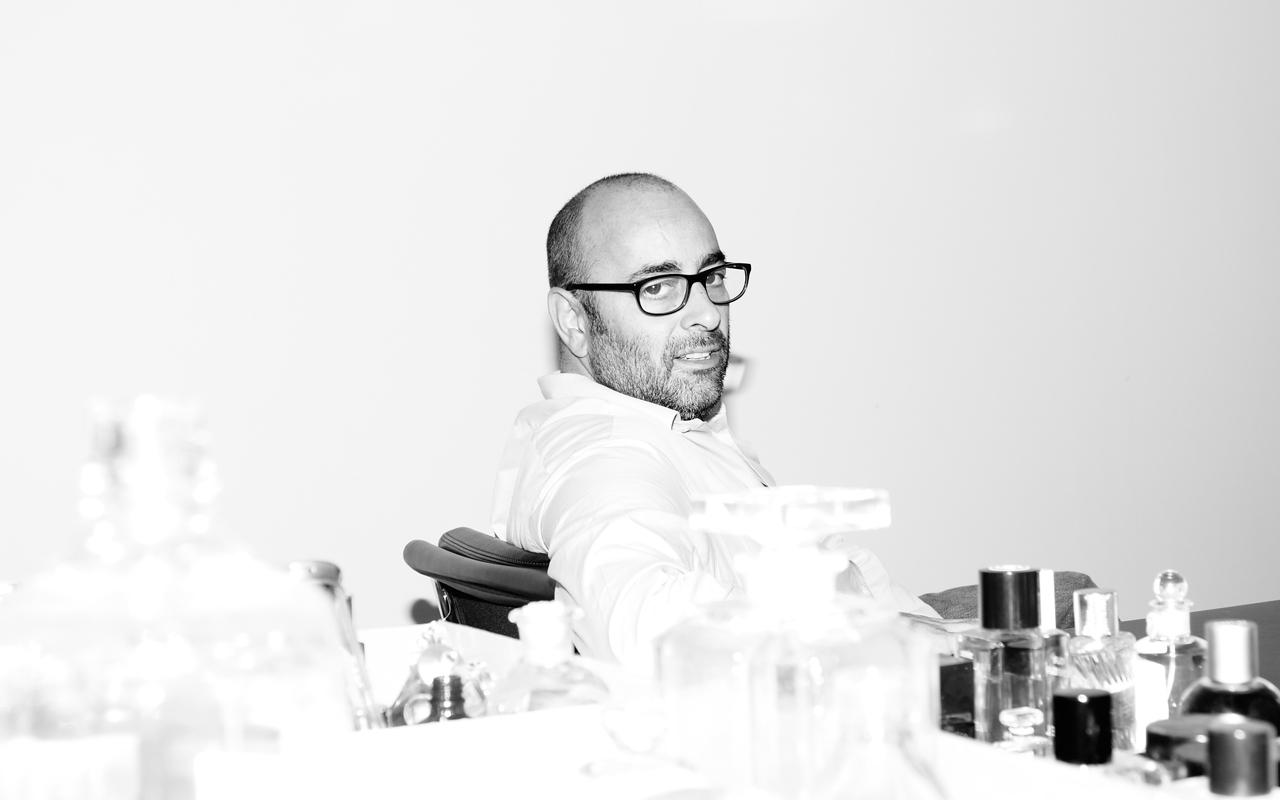 クリエイティブ・ディレクター Ezra Petronio (エズラ・ペトロニオ) に聞く、創作への道のり