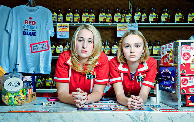 ©︎2015 YOGA HOSERS, LLC All Rights Reserved.
