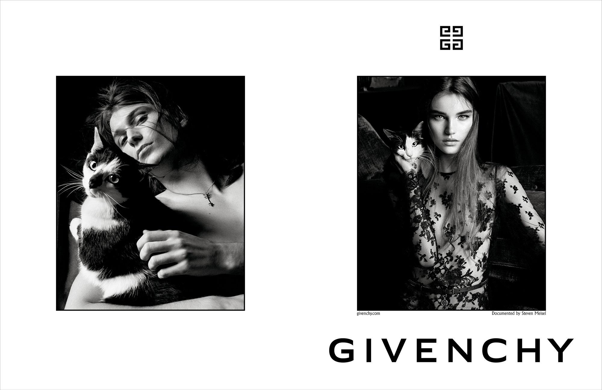 ©️ Givenchy