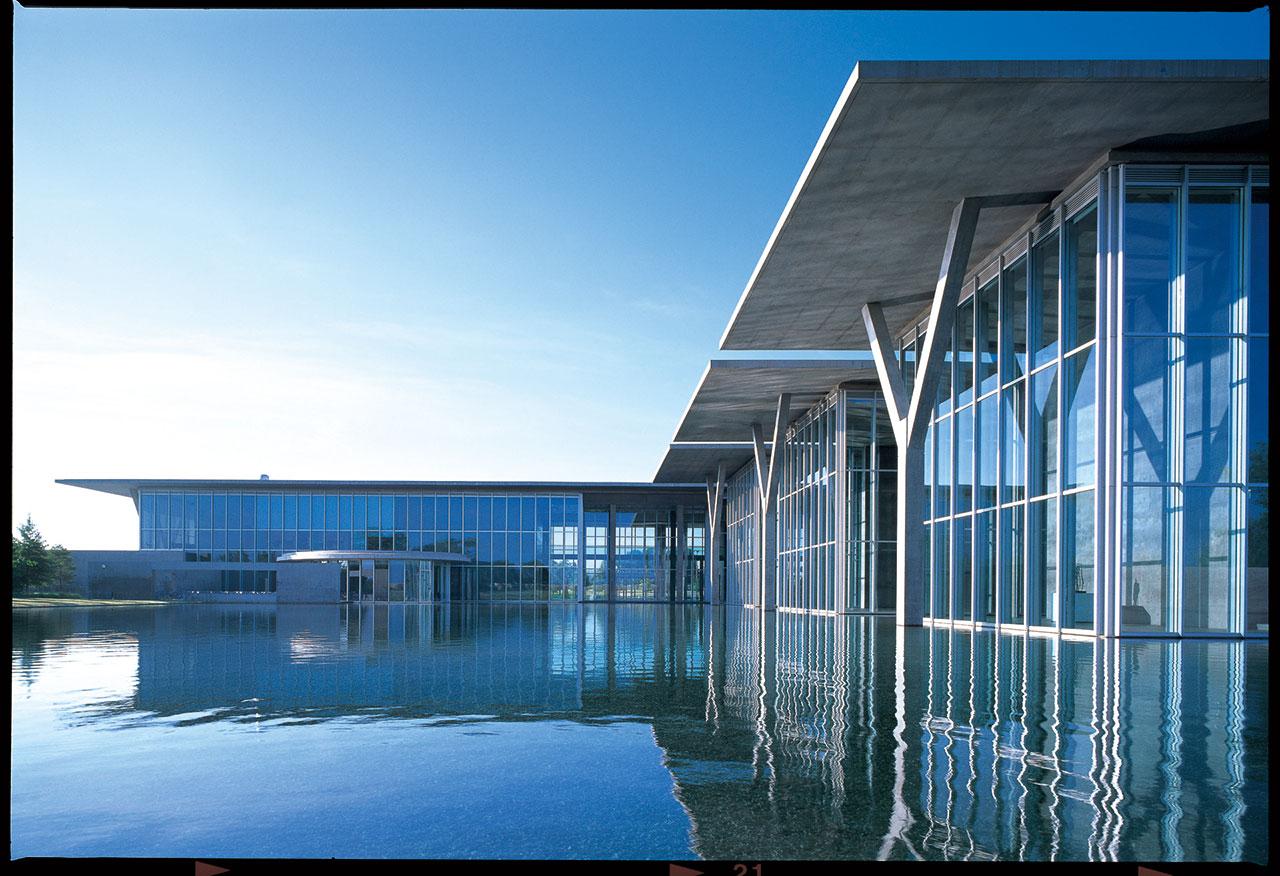 フォートワース現代美術館 (2002) アメリカ合衆国 撮影: 松岡満男 / Modern Art Museum of Fort Worth (2002) United States of America Photo: Mitsuo Matsuoka