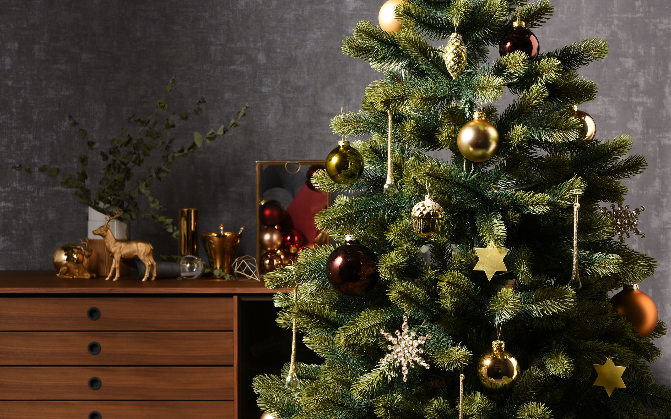 7 Best Items For Holiday Season Recommended By LIVING MOTIF