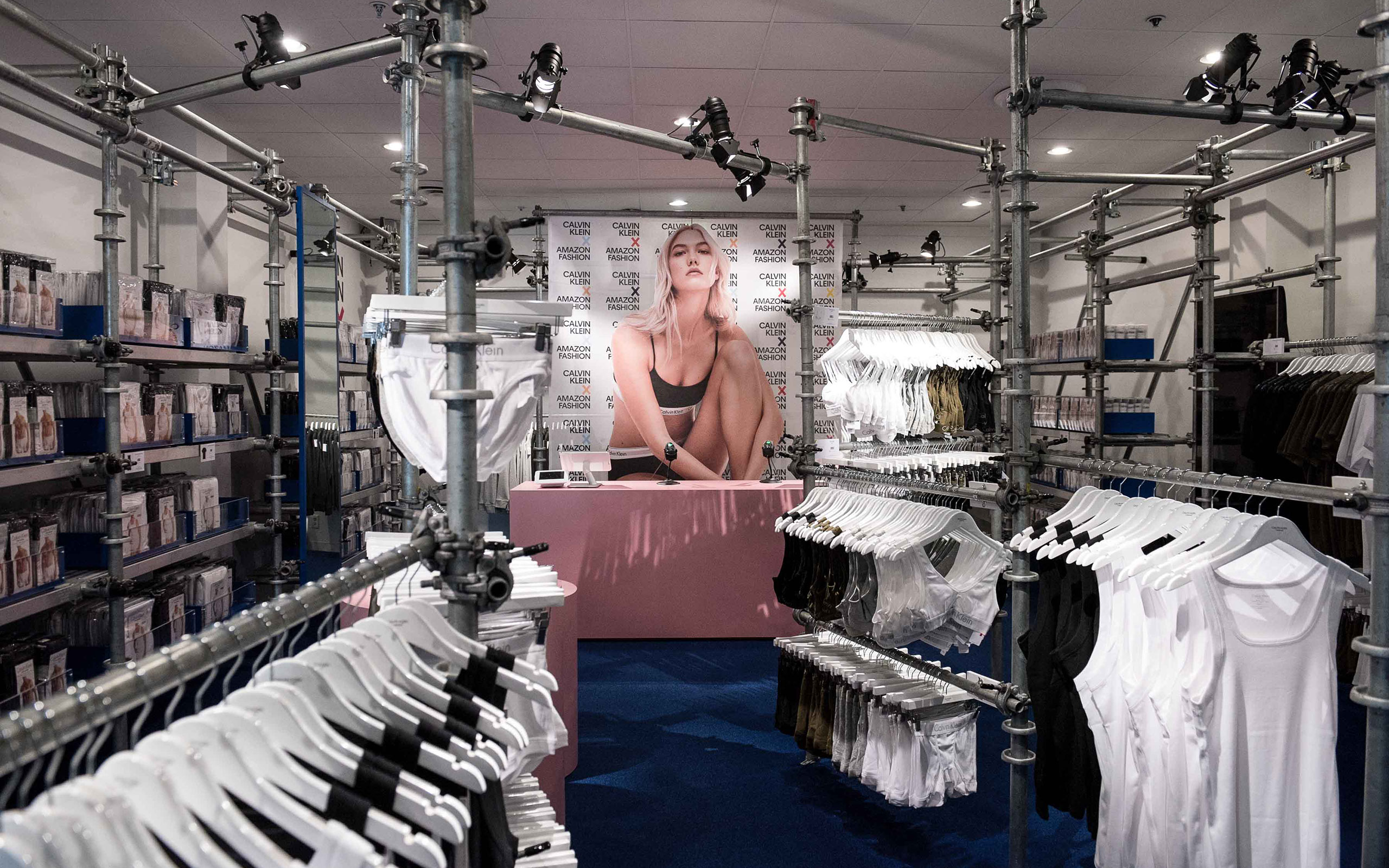 """Calvin Klein Presents New """"Holiday Retail Experience"""""""