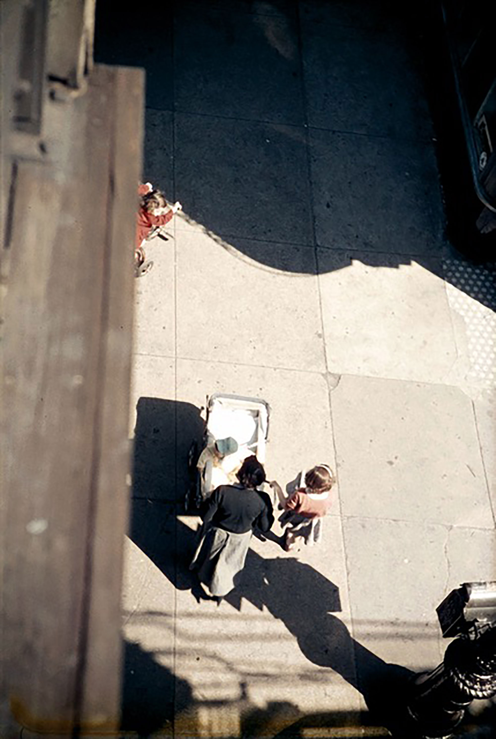 Saul Leiter / From the El,1955 © Saul Leiter