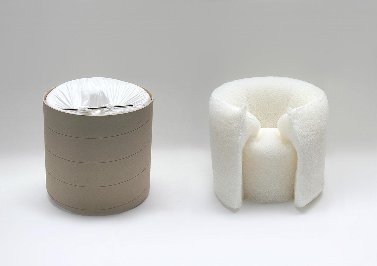 「PANE chair」(2006) / 植物の繊維構造のように、1ミリの細い繊維が絡みあうことで構造を生み出している。制作プロセスは、繊維の塊を紙管に入れ、まるでパンを焼くように釜に入れ、熱をかけることで、椅子の形状が記憶される。ポンピドゥーセンター、ニューヨーク近代美術館 (MoMA) などで永久所蔵作品に選定されている。