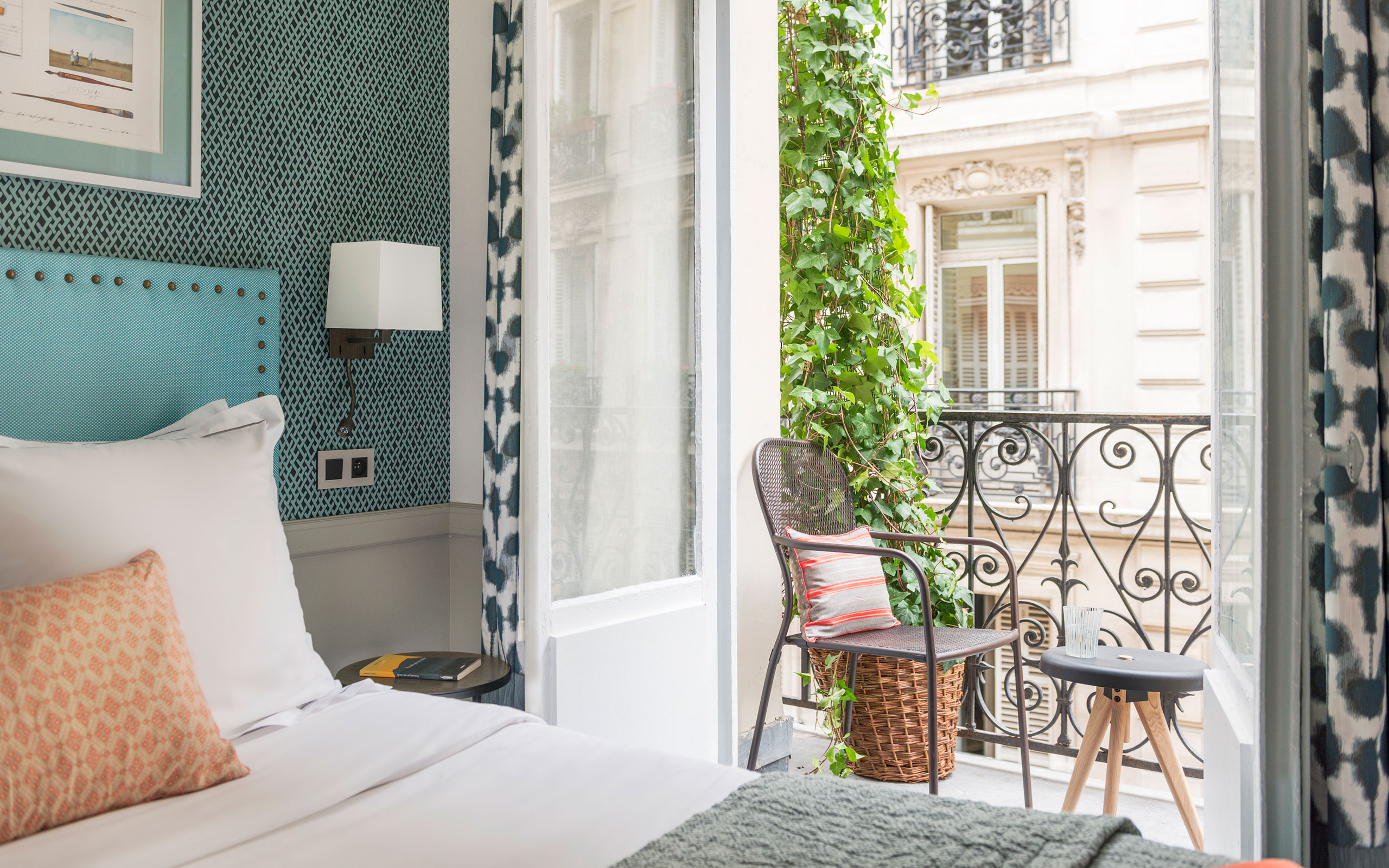 Travel guide: Paris's Must-stay Hotels
