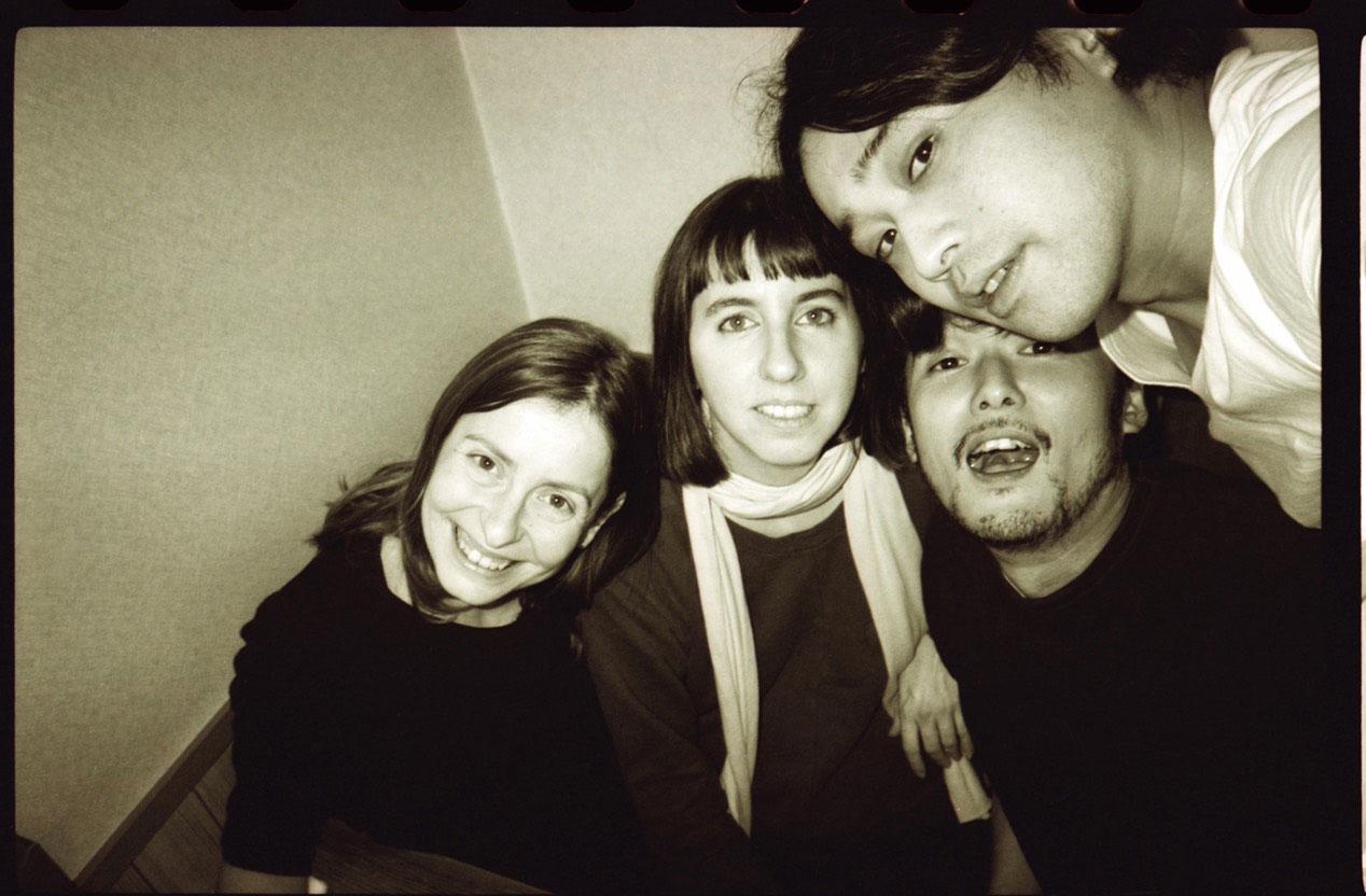 左から Laetitia Benat (レティシア・ベナ)、Elein Fleiss (エレン・フライス)、五木田智央、鈴木親   Photo by Chikashi Suzuki