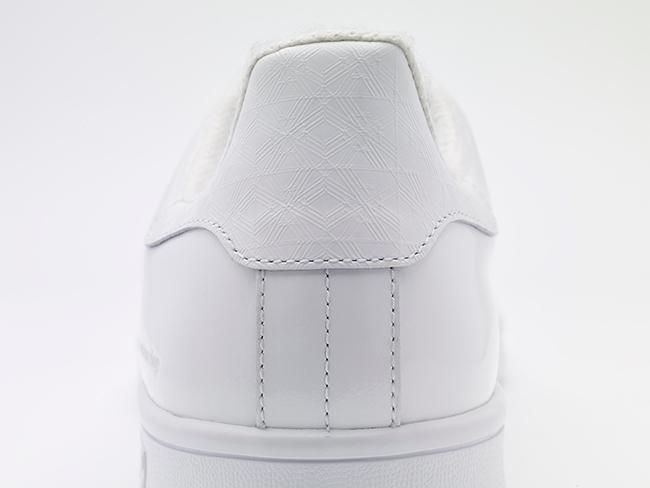 Stan Smith Patent ¥20,000 | © White Mountaineering × adidas Originals