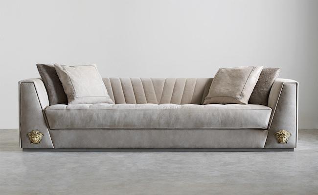 Via Gesù sofa | © Versace Home