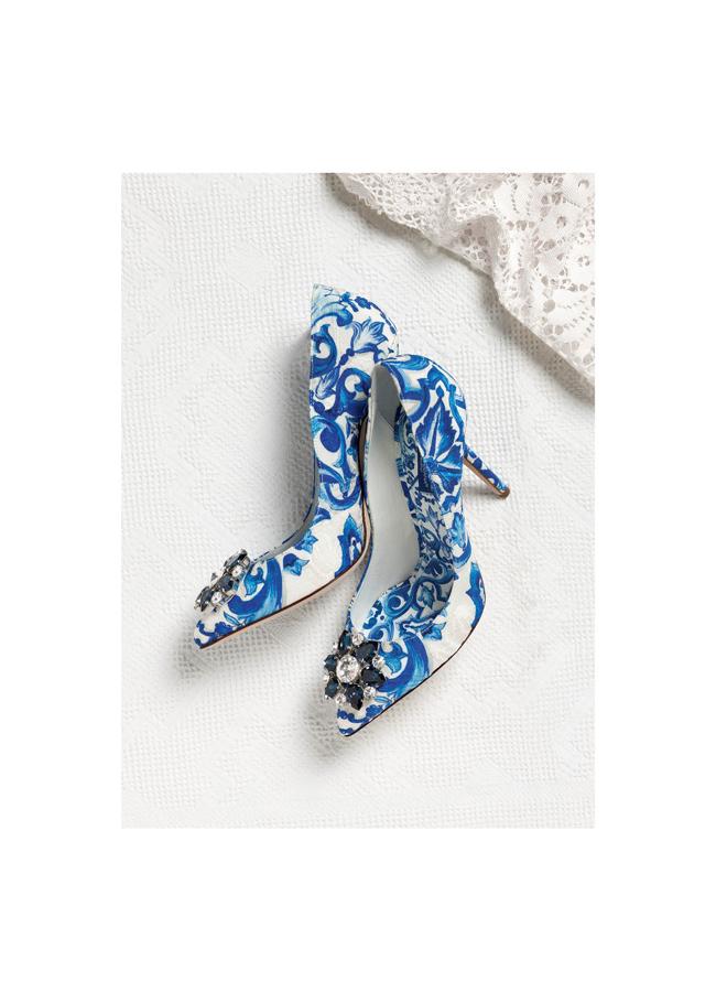 パンプス ¥ 93,000 | © Dolce & Gabbana