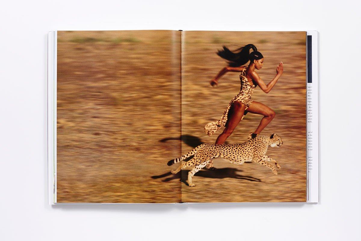 言わずと知れた世界一有名なモデル、Naomi Campbell (ナオミ・キャンベル)。『Harper's Bazaar』2009年9月号より、Jean Paul Goude (ジャンポール・グード) のカバーストーリー。
