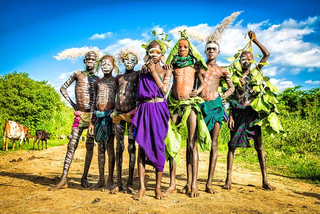 世界一ファッショナブル」な民族・スリ族の写真展が開催 | News | THE ...