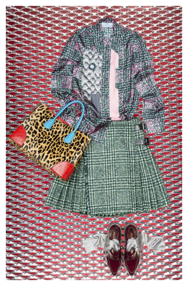 DSM 限定ブラウス 135,000、スカート、バッグ、シューズ 参考商品