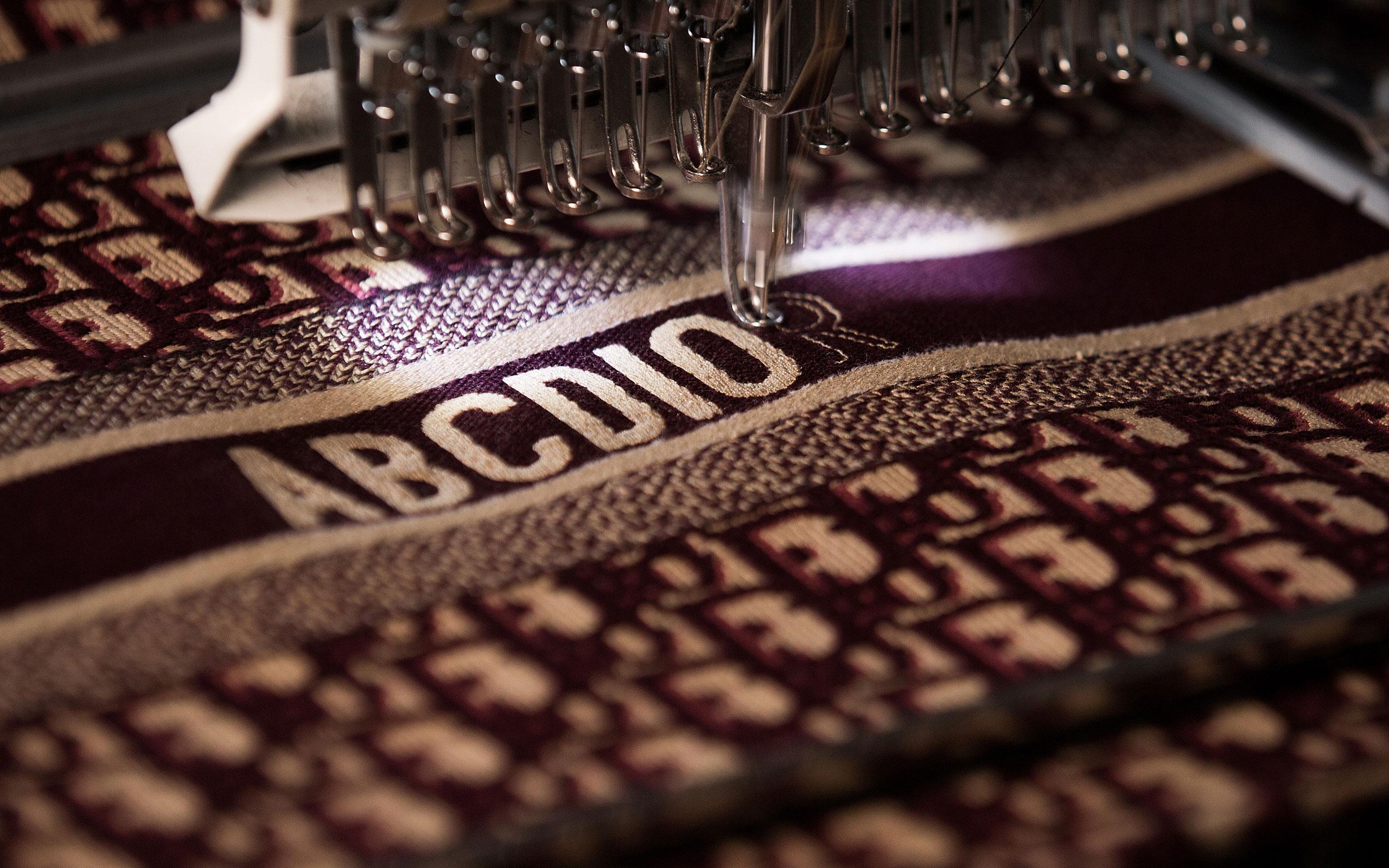 online retailer 92ded 99484 旬の「ブック トート」をカスタマイズ!Dior (ディオール) が ...