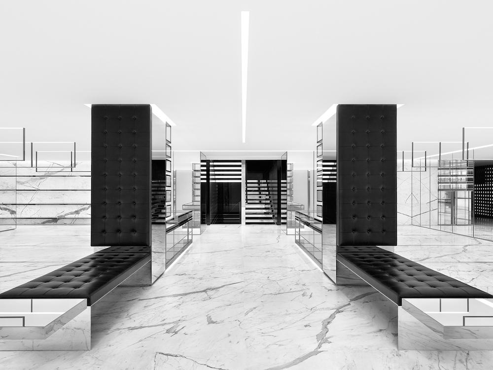 2階ウィメンズフロア | © Saint Laurent