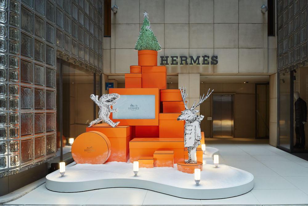 Hermès 銀座店 オレンジボックスツリー | © Hermès