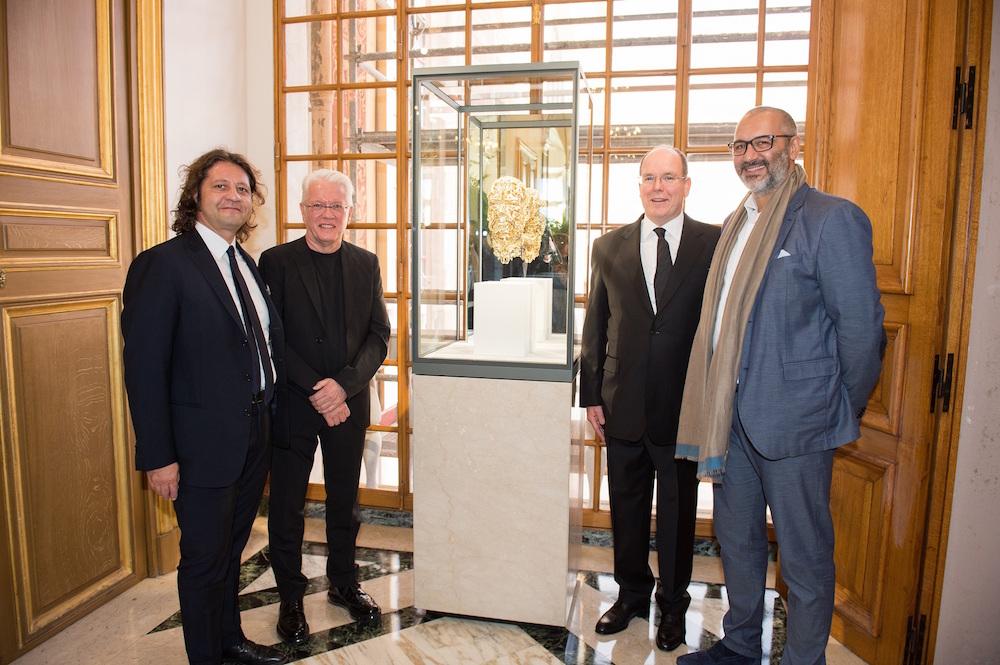 (左から) Guido Grassi Damiani、Barry X Ball、モナコ公国アルベール2世、Christian Rizzetto | © DAMIANI