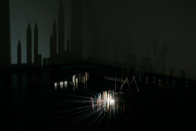 クワクボリョウタ《10番目の感傷(点・線・面)》2010[参考図版] Courtesy Tochigi Prefectural Museum of Fine Arts Photo: Shizune Shiigi