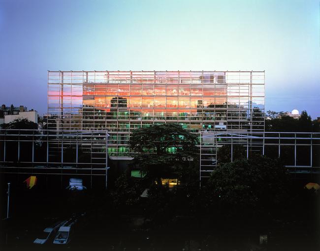 Fondation Cartier外観 | P. Gries © Cartier