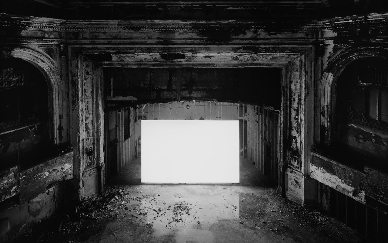 杉本博司「フランクリン・パーク・シアター」2015 年、ゼラチン・シルバー・プリント ©Hiroshi Sugimoto / Courtesy of Gallery Koyanagi