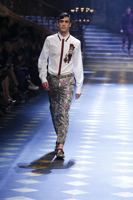 Chase Hill (チェイス・ヒル) | © Dolce&Gabbana