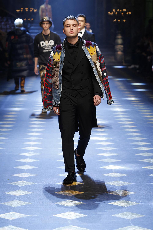 Rafferty Law (ラファティ・ロウ) | © Dolce&Gabbana