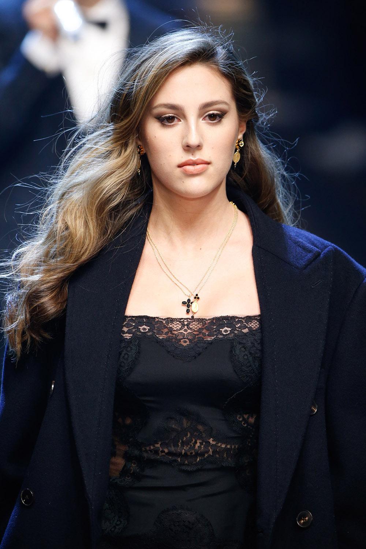 Sophia Stallone (ソフィア・スタローン) | © Dolce&Gabbana