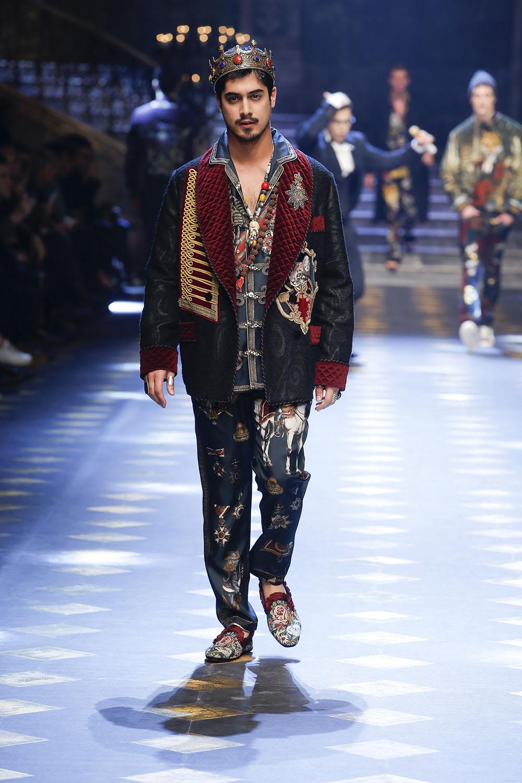 Avan Jogia (アヴァン・ジョーギア) | © Dolce&Gabbana