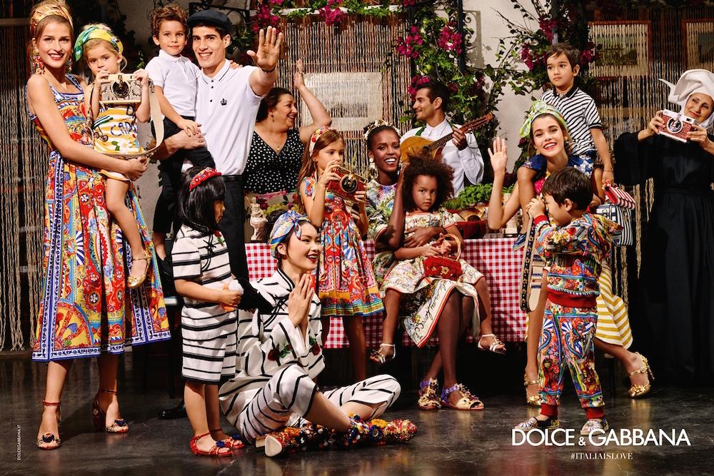 シチリアで撮影された Dolce&Gabbana 2016年春夏キャンペーン。超、ハッピー。| © Dolce&Gabbana