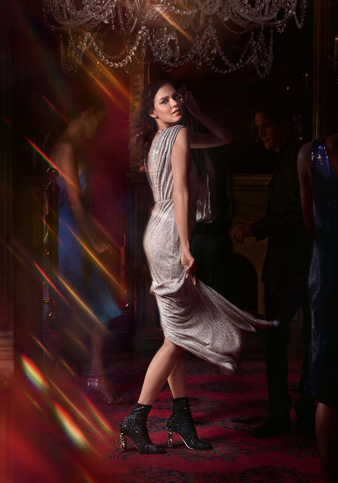 Shot by Serge Leblon, the campaign stars models Kati Nescher and Roch Babot. | ©︎ Jimmy Choo