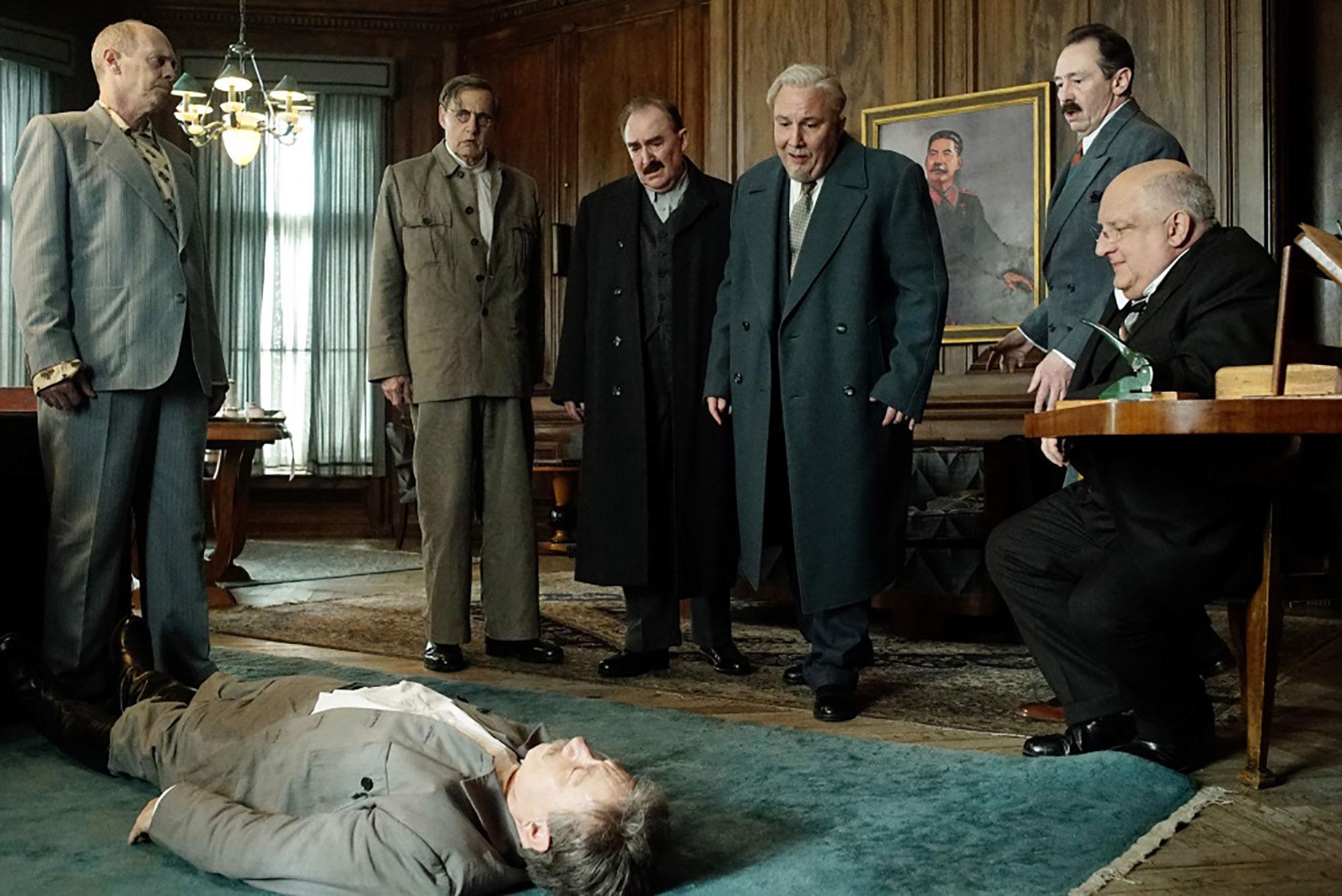 ©︎2017 MITICO – MAIN JOURNEY – GAUMONT – FRANCE 3 CINEMA – AFPI – PANACHE -PRODUCTIONS – LA CIE CINEMATOGRAPHIQUE – DEATH OF STALIN THE FILM LTD