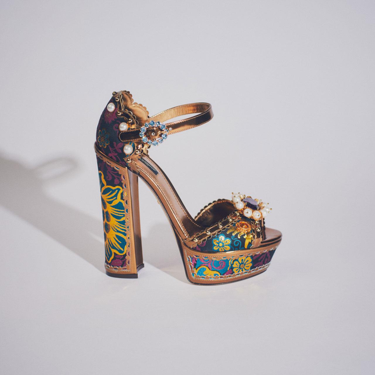 シューズ ¥199,000 (予定価格) [ヒール14.5cm] Dolce&Gabbana/ドルチェ&ガッバーナ ジャパン 03-6419-2220