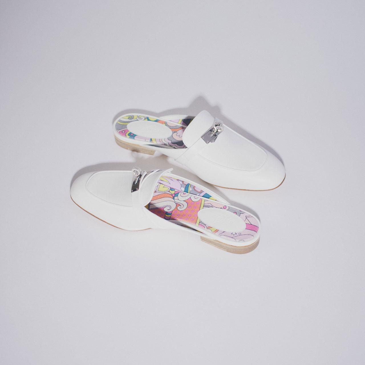 ¥149,000、Hermès/エルメスジャポン 03-3569-3300