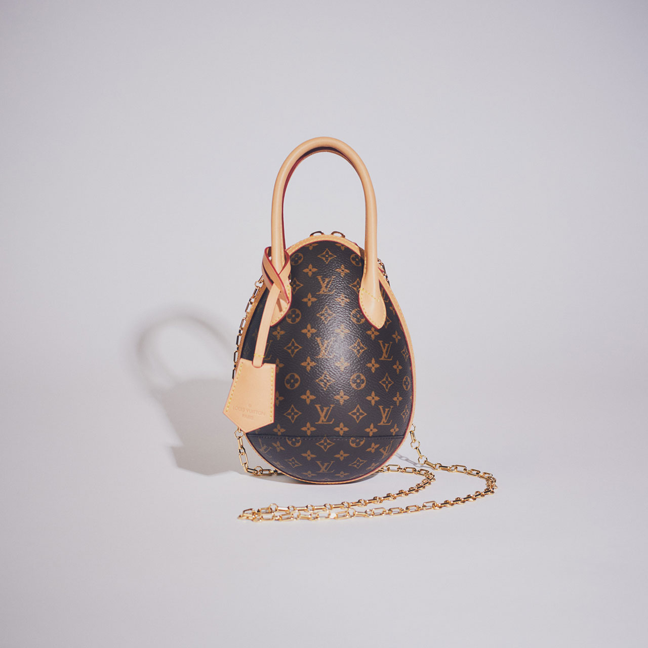 ¥356,000 [W15×H20×D12cm]、Louis Vuitton/ルイ・ヴィトン クライアントサービス 0120-00-1854