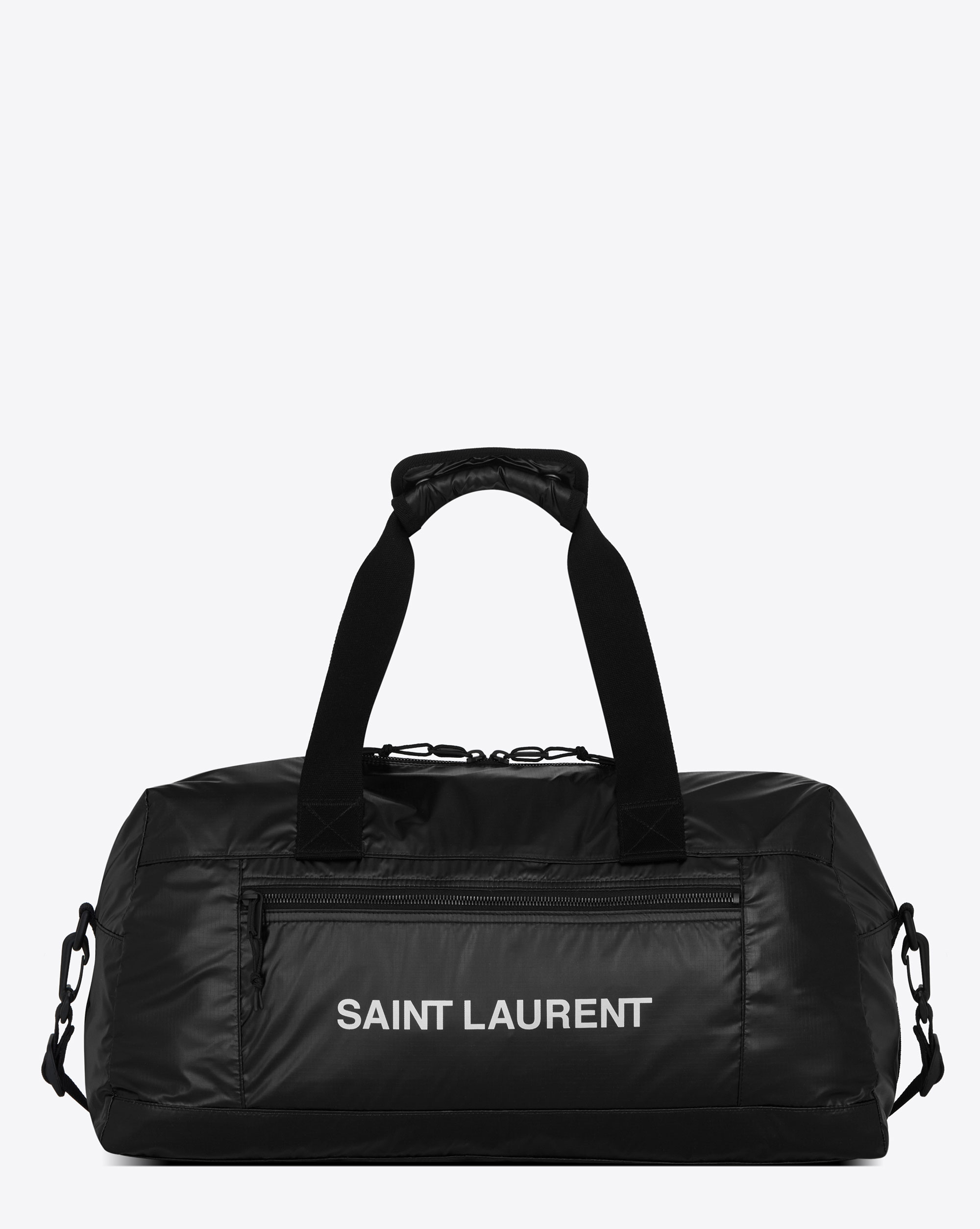 ダッフルバッグ ¥119,000 | ©︎ SAINT LAURENT BY ANTHONY VACCARELLO