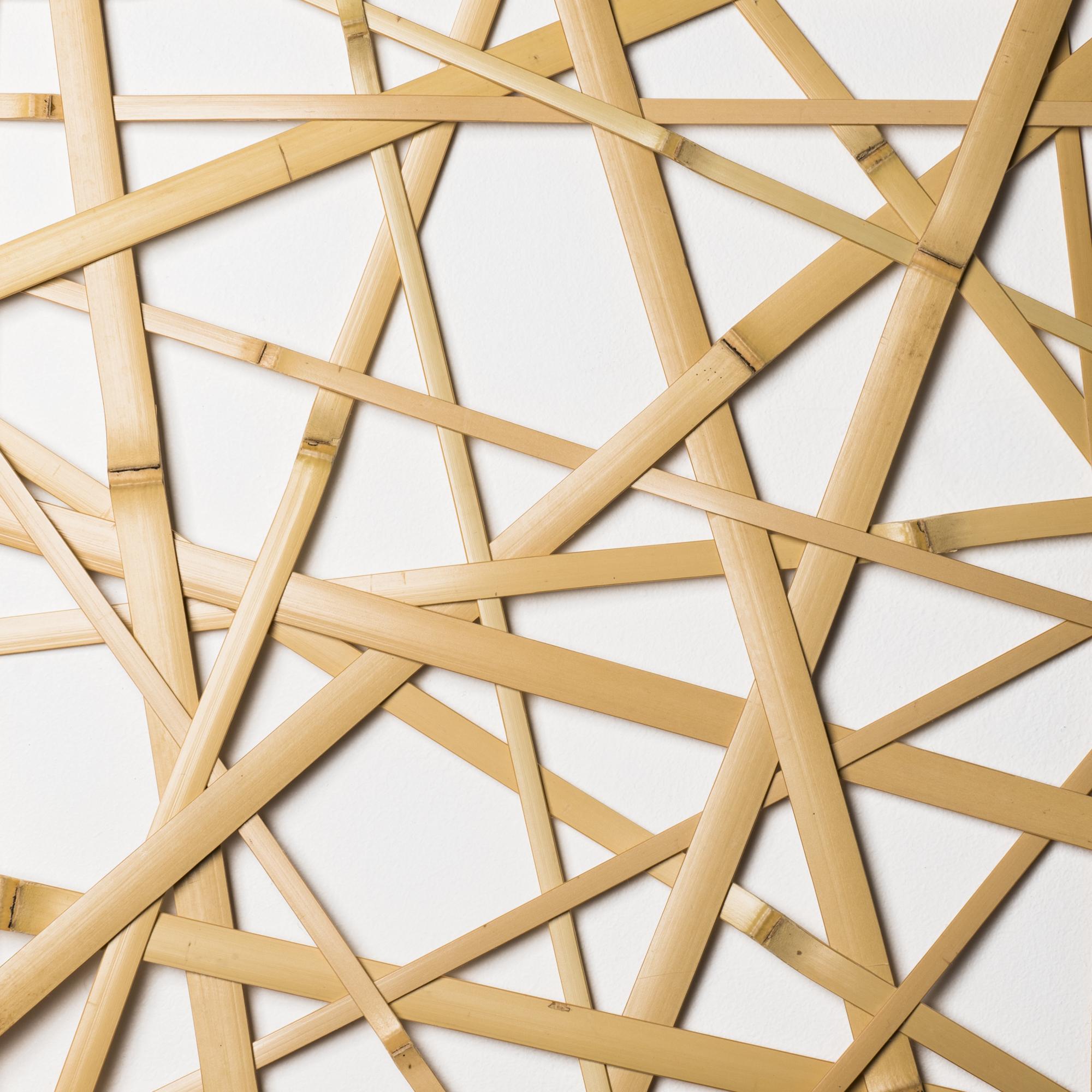 日本の伝統的な竹を編む技法〈やたら編み〉