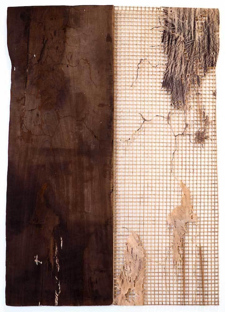 離れ行く島々 No. 2 Parting Islands No. 2 2019 Reclaimed wood, bamboo, rattan, metal, cowhide 199.5 × 141.5 × 4.0 cm ©️Sopheap Pich