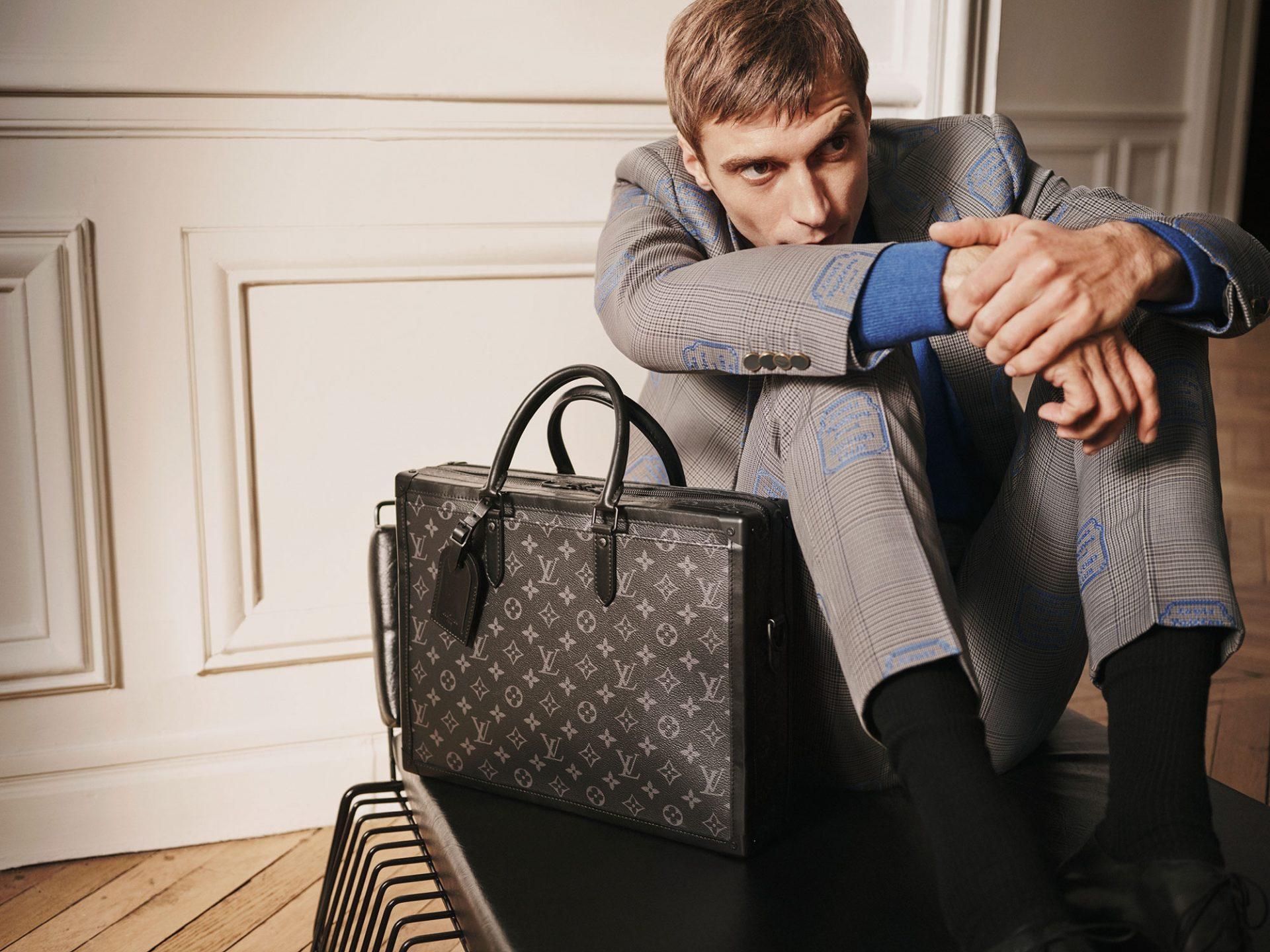 ソフトトランク・ブリーフケース ¥412,000 | ©︎ Louis Vuitton