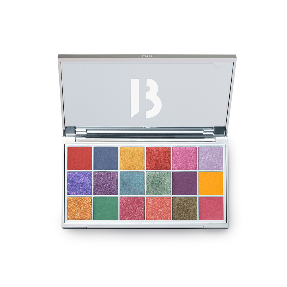 Prismic Eyeshadow Palette 18 Colours ¥12,200 (2月4日より数量限定発売)